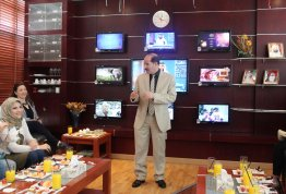 Students of College of Communication in AAU visits AD TV